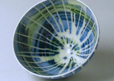 Porcelain. H: 7.5 cm